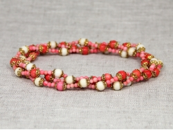 Бусы из белого и розового коралла от Nur