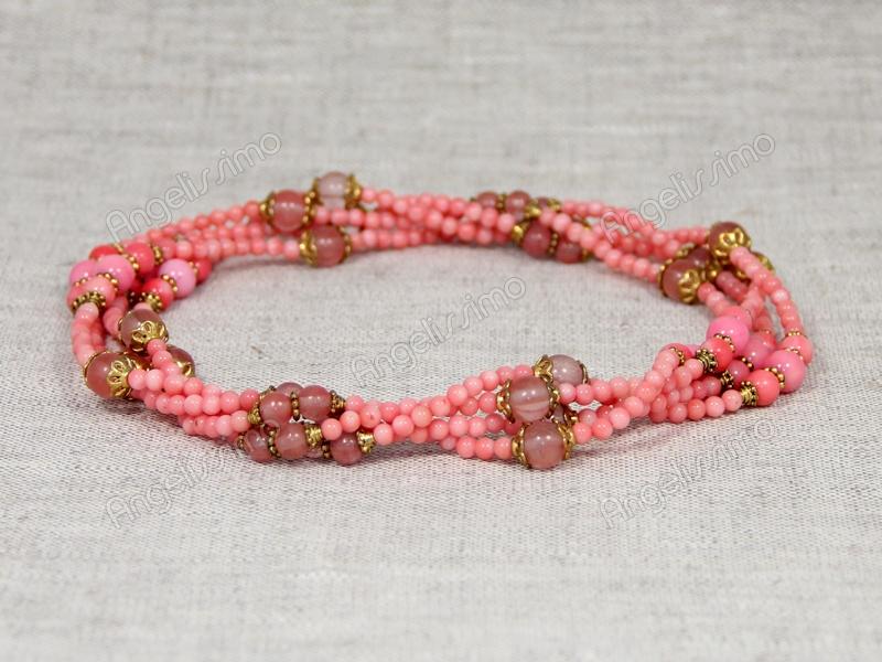 Бусы из розового коралла и мелкого кварца от Nur